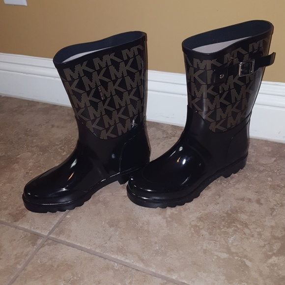 Michael Kors Sutter Rain Boots 9 Black